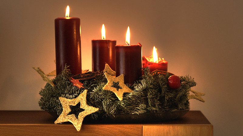 Sumber gambar: http://missionhelpers.wordpress.com/2013/12/19/living-in-hope-a-reflection-for-the-4th-sunday-of-advent/